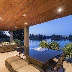 www.prestigepropertymagazine.com - The Prestige Property Magazine - Crown Jewel