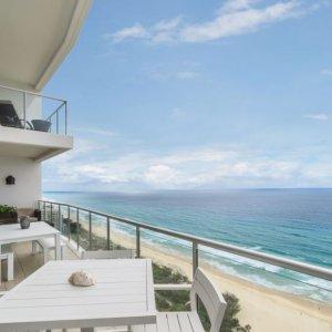 The Prestige Property Magazine - www.prestigepropertymagazine.com - Broadbeach Beauty].