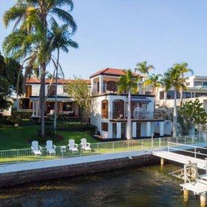 he Prestige Property Magazine - www.prestigepropertymagazine.com - Sprawling Sorrento Sanctuary