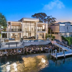 Noosa_Home_Waterfront