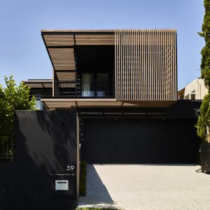 [The Prestige Property Magazine - www.prestigepropertymagazine.com - Barlow House]