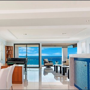 Beachfront-Luxury-Prestige-Property