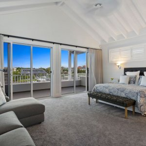 The Hamptons Entertainer - Prestige Property