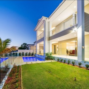 Back-Beachside-Splendour-Prestige-Property