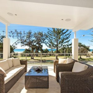 Relax-Prestige-Property-Magazine