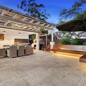 [The Prestige Property Magazine - www.prestigepropertymagazine.com - Bespoke Hilltop Residence]