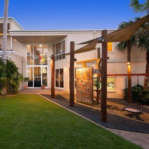 [The Prestige Property Magazine - www.prestigepropertymagazine.com - Sophisticated Paradise]