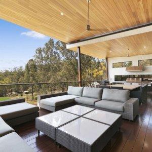 Contemporary-Country-Charm-Prestige-Property-Magazine-prestigepropertymagazine.com