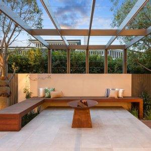 Unique-New-Farm-Family-Living-Prestige-Property-Magazine-https://prestigepropertymagazine.com